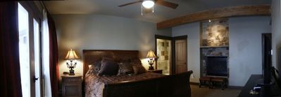 """Mountain View"" King Suite (panoramic shot)"