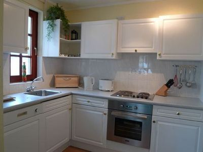 Dailly bungalow rental - Typical Kitchen in the 4 Bedroom Lodge