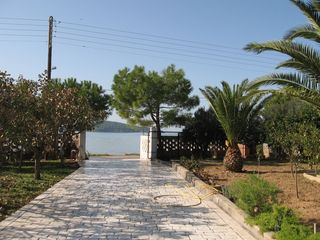 Evia cottage photo - the sea is just in front of the house