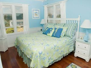 Emerald Isle house photo
