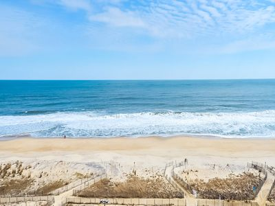 The Quay 3BR/2BA Direct Ocean Front – Stunning View of Ocean