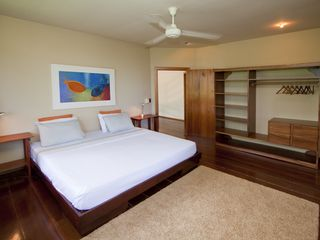 Manuel Antonio villa photo - Second master bedroom on 1st floor