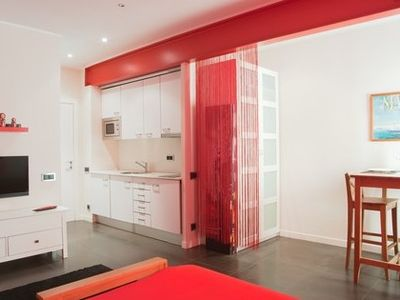 Sagrada Familia apartment rental - 2 PAX RED