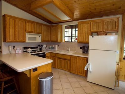 Spacious Fully Equipped Kitchen for 8