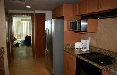 Complete Kitchen (with all appliances and granite countertops)