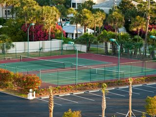 Private tennis courts - Islander Destin condo vacation rental photo