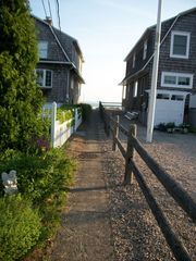 Groton house photo - Walkway to Main Beach