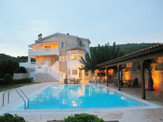 Aegina Island villa photo - .