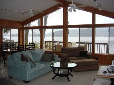 Water's Edge 3/BR-Ski/Snowboard/Tube-Skate-Nature-Shop-Relax-near Dells on LK WI