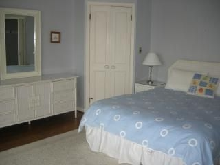 Master bedroom - Dewey Beach townhome vacation rental photo