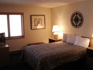 Master Bedroom on Upper Level - Lincoln condo vacation rental photo
