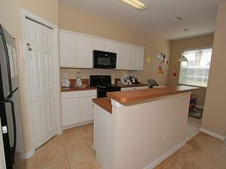 Oakwater townhome photo - Fully equipped kitchen