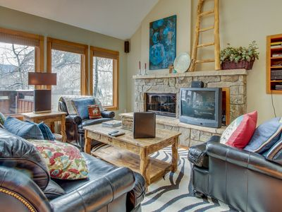 Open and contemporary lodging on shuttle route to skiing!