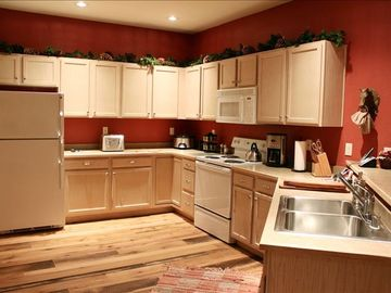 Newly Equipped Fully Stocked Kitchen and Laundry. Both Time & Money Conserved!!!
