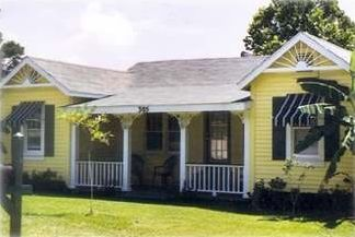 The Sunrise Inn - 305 Bank St, Hebert's Landing, Lake Calcasieu, LA