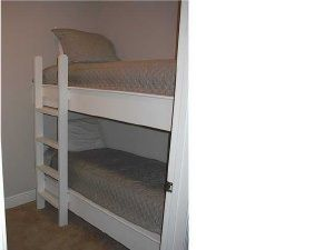 Bunk Room with 2 twin beds