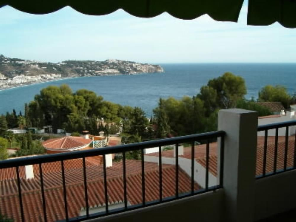 Apartment 95 square meters, close to the sea