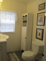 Wellfleet cottage photo - Bathroom with shower