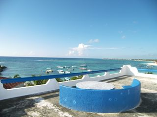 Akumal villa photo - roof top terrace and view of main bay