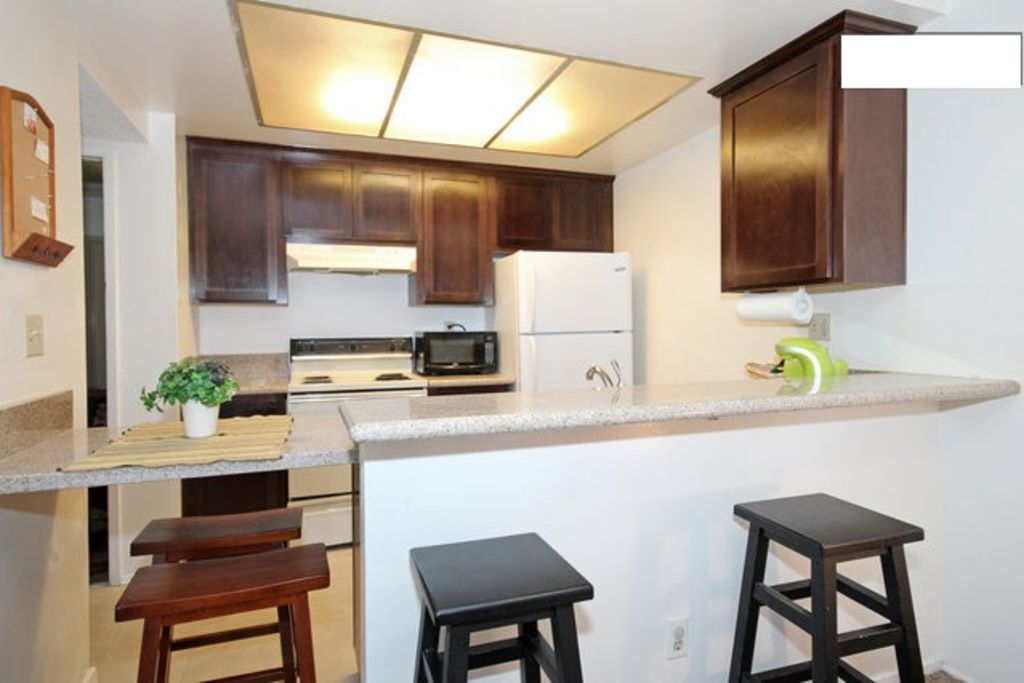 Cozy condo in mission valley centrally homeaway for O kitchen mission valley