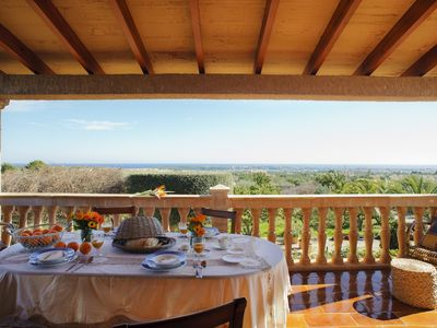 Finca with pool, garden and sea views. FREE WIFI