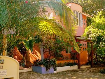 Casa Balam y T'ul --color, comfort...and lots of parking!