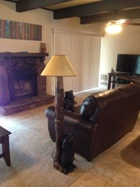 Pinetop condo rental - Great Room with plenty of seating!