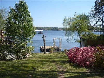 Romantic Cottage On Lake Hamilton Drive Vacation Rental In