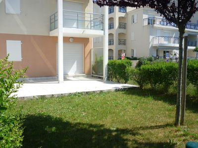 Seaside apartment, pool, terrace, garden, 5 people, 1 bedroom