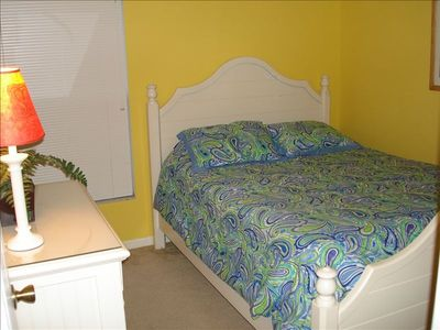 Bedroom 3 - Queen Bed