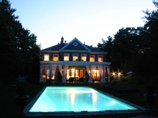 East Hampton house photo