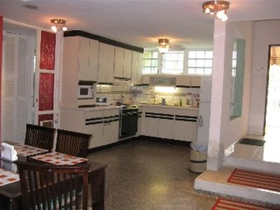 Large & fully equipped kitchen