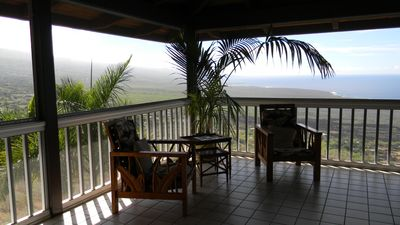 Captain Cook estate rental - Plenty of relaxing sitting area's on lanai