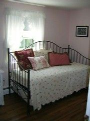 Brewster house photo - Small extra bedroom with trundle
