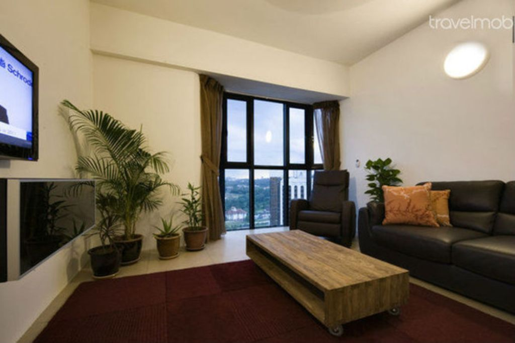 High floor kl city 4 bedroom apartment vrbo for Small room rental