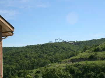 Breathtaking Mountain Views & Silver Dollar City!