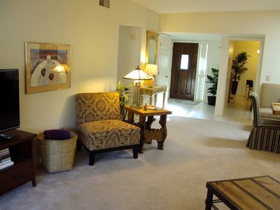Tucson townhome rental - HDTV & High Speed Wireless Internet