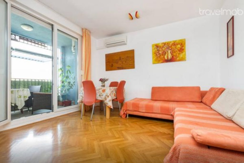 Holiday apartment 408048
