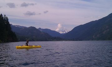 Two kayaks and a canoe are available for guests to enjoy on Lake Kachess!