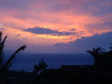 Sunset from Hale Ono Loa
