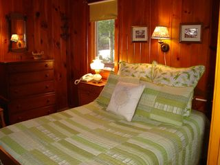 Sunapee cottage photo - Master Bedroom, queen bed with Full Bath