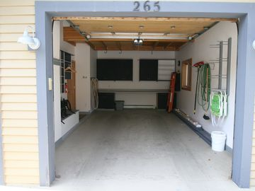 Large Single Car Garage with Boot and Ski Equipment Storage