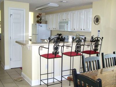 Counter w/Stools for Gathering & Socializing