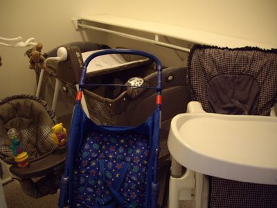 baby needs/play yard/high chair/swinging chair/stroller