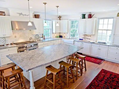 Kitchen Offers Huge Entertaining & Prepping Spaces