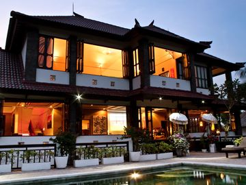 Jimbaran villa rental - Villa (upper two floors)