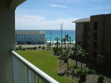 Gulf View view from Unit 4011, Easy Beach walkover just left of townhomes.