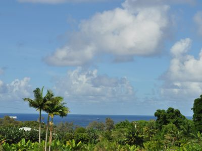 great view of the beautiful blue sky, luscious greeneries & breathtaking ocean!