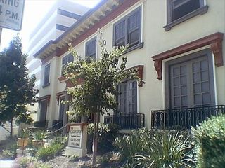 Pasadena studio photo - Front of Building