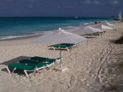 Grandview's Ocean Front Private Beach w/ lounge Chairs + Umbrellas Awaiting YOU!
